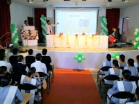 Vin Giri Auditorium - HCNS - Students Presentions.